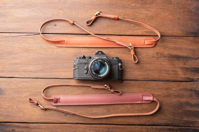 CAMERA STRAP GENUINE LEATHER- Red brown