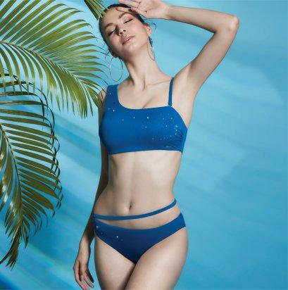 ชุดว่ายน้ำสีน้ำเงินทูพีซประดับคริสตัล  รหัส SWIM04