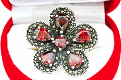 NATURAL BLOOD RED RUBY STERLING SILVER 925 RING SIZE 8 **FREE JEWELRY BOX**