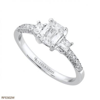 แหวนเพชรสี่เหลี่ยม Emerald Cut