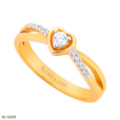 Heart Diamond Ring in 18K Rose Gold