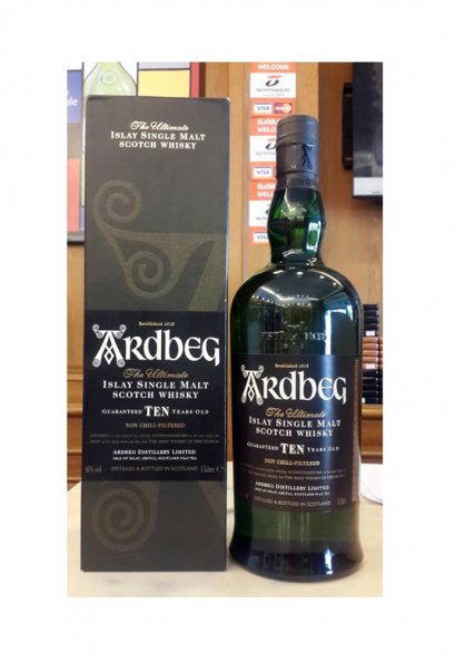 Ardbeg 10 Year Old Islay Single Malt (70cl)