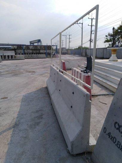 โครงป้าย Safety พร้อม สรูติด Barrier ชั่วคราว CPS