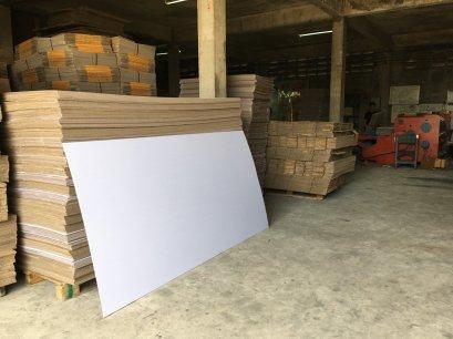รับผลิตแผ่นกระดาษลูกฟูก cardboard ตามไซด์