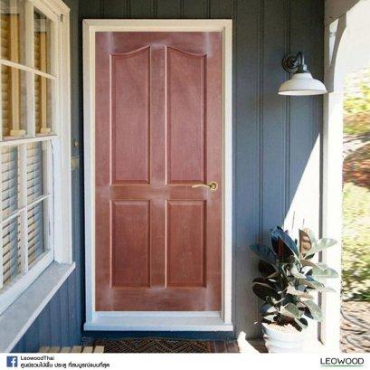 LeoDoor : ประตูลูกฟัก 4 โค้ง สยาแดง ไม่ทำสี ขนาด 3.3x70x200 ซม.