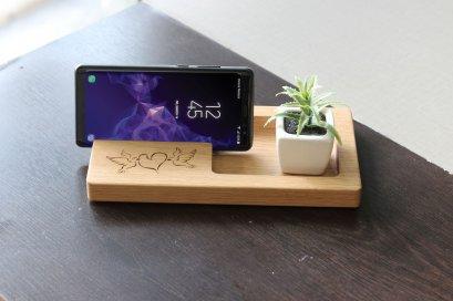 แท่นไม้โอ๊ควางสมาร์ทโฟนคู่ช่องสี่เหลี่ยม Size L ลาย Bird