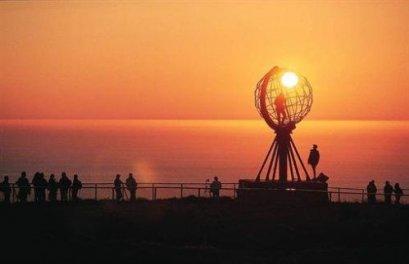 ทัวร์ยุโรป สแกนดิเนเวีย ชมพระอาทิตย์เที่ยงคืนที่นอร์ธเคป นอร์เวย์