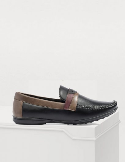 TWO-TONED LEATHER MOCCASIN LOAFER