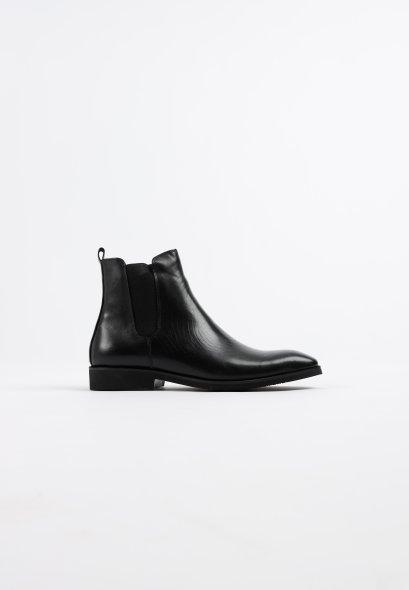 รองเท้าบู้ทหนังแท้ทรงเชลซี รองเท้าผู้ชายสีดำ minimalist Chelsea Leather Boots GOODYEAR WELTED