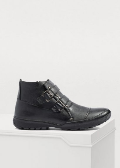 LEATHER ANKLE SIDE ZIPPED BOOTS