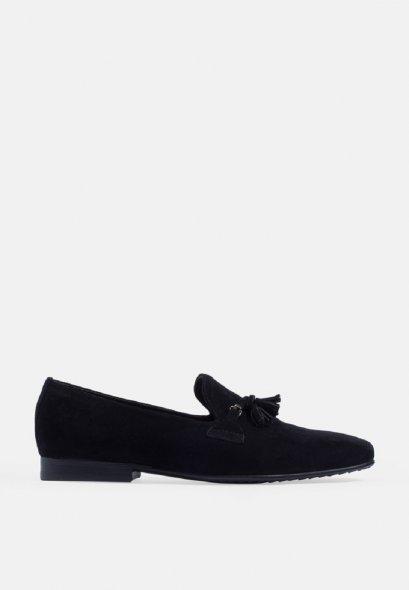 รองเท้าโลฟเฟอร์ผลิตจากหนังแท้ แบบ Slim Suede Tassel Suede Loafer Genuine Leather