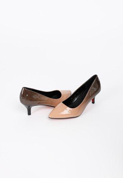 รองเท้าส้นเตี้ย ดีไซน์หัวแหลม abruzzi Mid To Low Heels MAC & GILL 2tone Patent