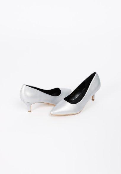รองเท้าส้นเตี้ย ดีไซน์หัวแหลม abruzzi Mid To Low Heels MAC & GILL