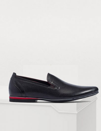 DANDELION BLACK LEATHER SLIP-ON SHOES