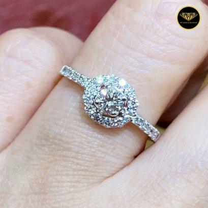 The flower queen cute diamond ring R0026G10KPW