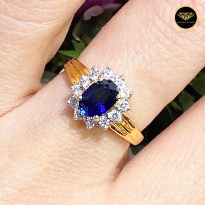 แหวนไพลินล้อมเพชรเบลเยี่ยม F Color VVS 0.36ct Sapphire 0.80ct