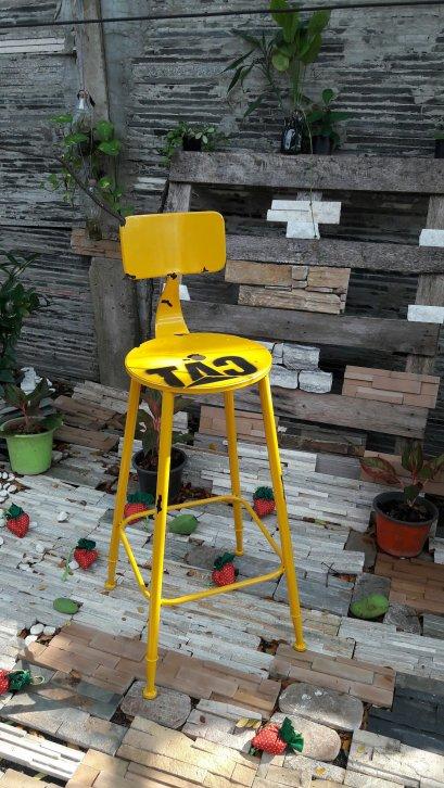 Color BAR Chair- เก้าอี้บาร์ สีเหลือง
