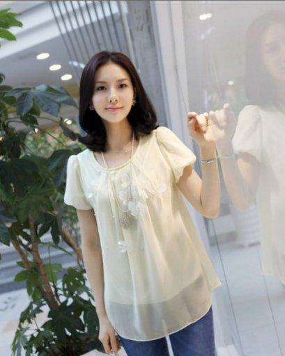 [[พร้อมส่ง]] SZ เสื้อผ้าชีฟองเบาสบาย สีเบส และ สีชมพู