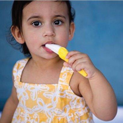 แปรงกล้วยสำหรับเด็กโต  Brush For Toddlers - Baby Banana