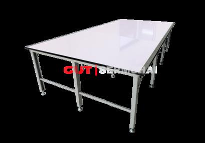โต๊ะตัดผ้าชนิดธรรมดา
