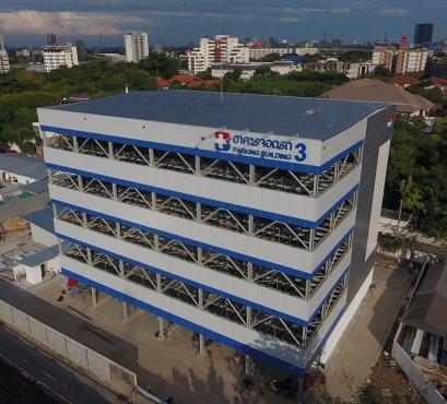 อาคารจอดรถด้วยเครื่องจักรกลอัตโนมัติ โรงพยาบาลกรุงเทพ สำนักงานใหญ่ ซอยศูนย์วิจัย กรุงเทพมหานคร