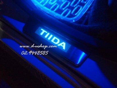 กาบบันไดมีไฟ Nissan Tida 4/5 ประตู