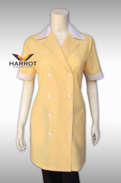 เสื้อแม่บ้านแบบยาว สีเหลือง ปกสีขาว กระดุม 2 แถว