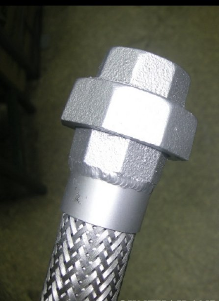 STAINLESS STEEL FLEXIBLE HOSE WITH UNION END