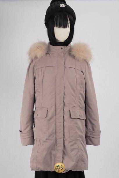 เช่าเสื้อขนเป็ด รุ่น  Bougainvillaea Fur Hooded Down Jacket 0908GDL493FAPKL1