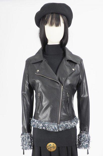 เช่าแจ็คเก็ตหนัง   Raven Faux Leather Jacket  903GJP318FABKS1