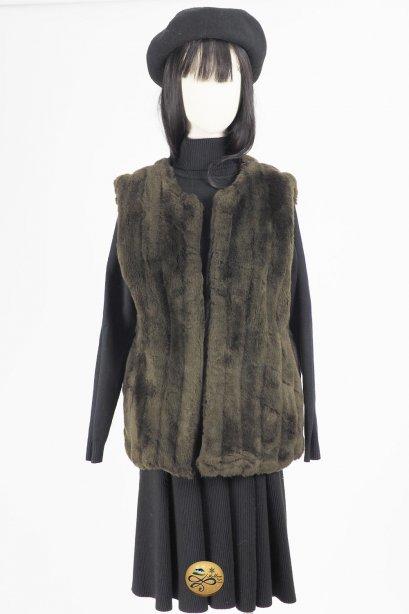 เช่าแจ็คเก็ตเฟอร์ รุ่น   Obsidian Faux Fur Waistcoat  904GGL353FABRS1