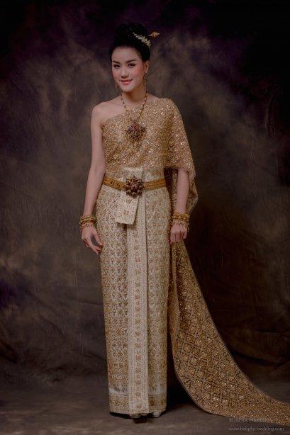 ชุดไทยผ้าโบราณ ปักทั้งชุด