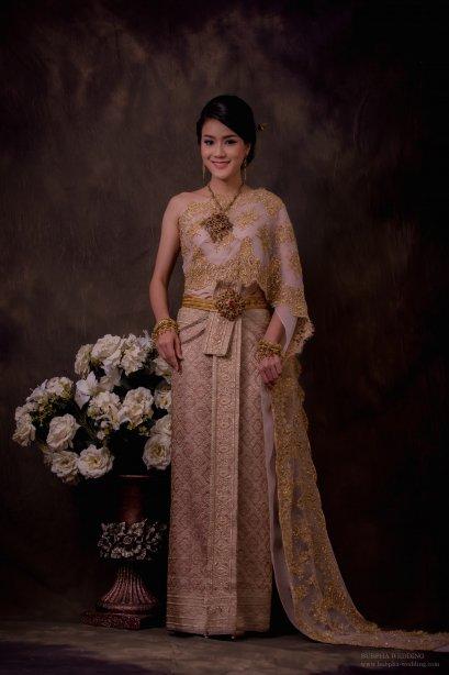 ชุดไทยผ้าโบราณแท้ สีโอรส อิฐ โบราณ
