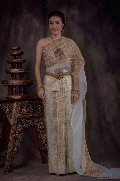 ชุดไทยผ้าโบราณแท้ สีฟ้า