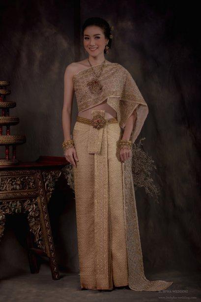 ชุดไทยผ้าโบราณแท้ สีทอง