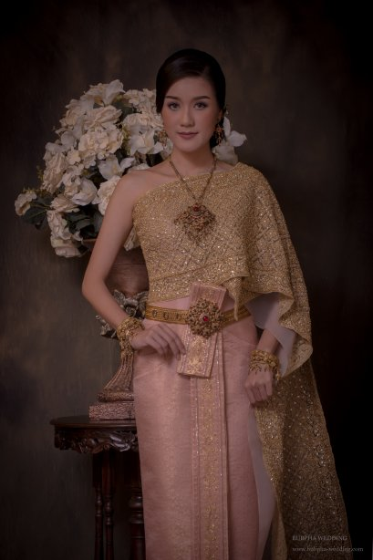 ผ้าโบราณเทียม สีชมพู ชุดที่  6