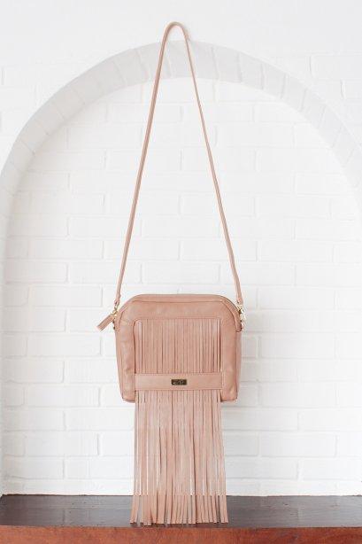 สตรีทแฟชั่น กระเป๋าสะพาย หนังเทียม ขนาดเล็ก ตกแต่งฟรินจ์ สีเบจ