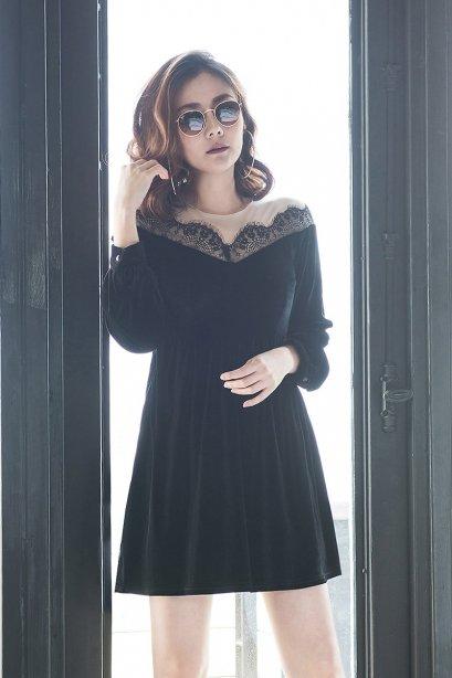D11205 Lucy Black Velvet Dress
