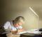 LED Table Lamp Mild White โคมไฟตั้งโต๊ะ  อ่านหนังสือแอลอีดี รุ่น Mild White สีขาว 5 วัตต์ ปรับโทนสีของแสงได้ 3 สี ขาวเดย์ไลท์ เอาไว้อ่านหนังสือ ขาวนวล เอาไว้พักผ่อนสบายๆ สีเหลืองวอร์มไวท์ เปิดใช้ในห้องนอน หรี่แสงได้ ถนอมสายตา